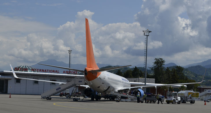 European airports report steady growth
