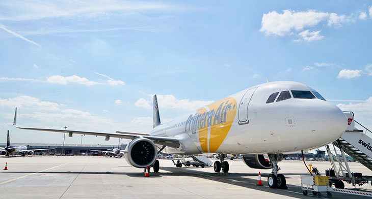 Passengers stranded as Primera Air collapses