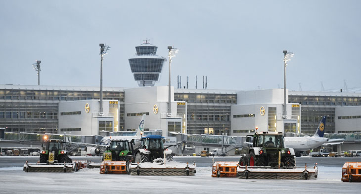 Munich Airport battles freezing conditions