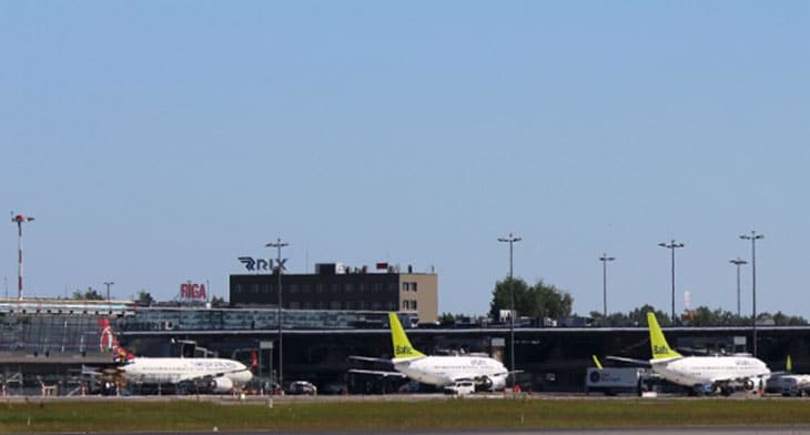 Riga Airport stays open with limited operatio..