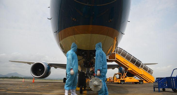 Vietnam's airports welcome repatriated ..