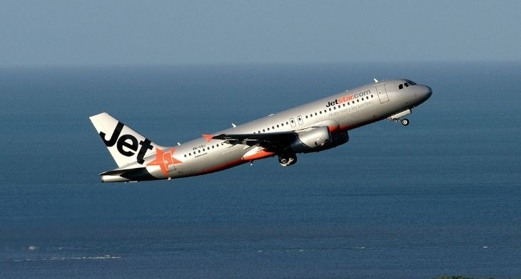 Australian airports boosted by rise in demand for Jetstar's domestic services