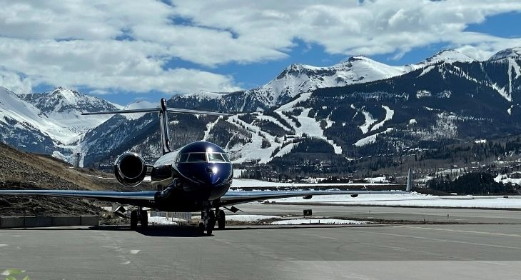 Telluride Regional Airport receives delivery of SAF from Avfuel